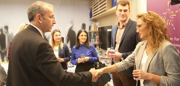 Petoro mladih državnih službenika iz Srbije odabrano za EU program usavršavanja i razmene