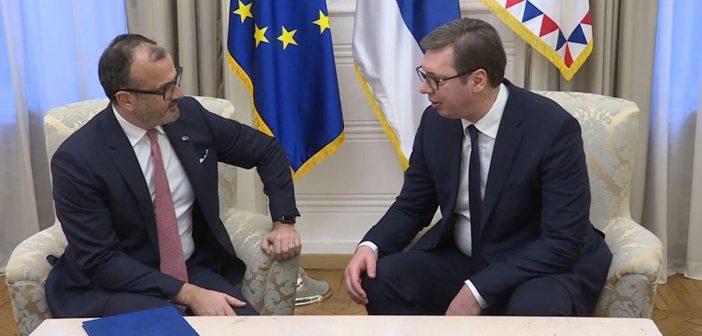 Serbian President Vucic meets with Ambassador Fabrizi ahead of EC President Juncker's visit to Serbia
