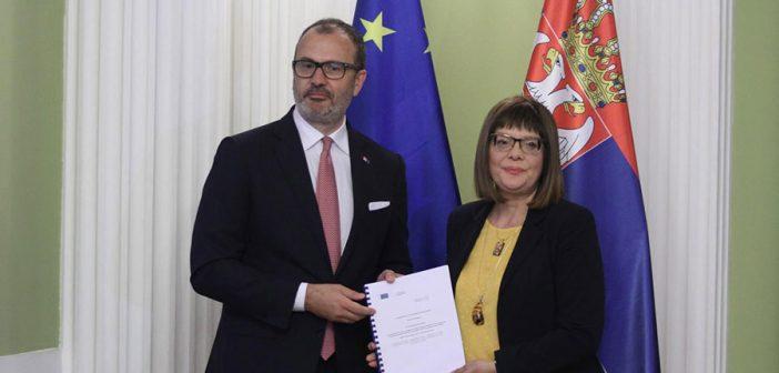Fabrici: Nadzorna uloga Skupštine je ključna u evrointegracijama