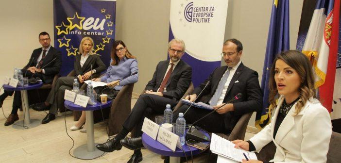 Фабрици: Спровођење реформи и помирење важно у процесу евроинтеграција