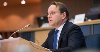 Саслушање изабраног комесара Оливера Вархејиа завршено