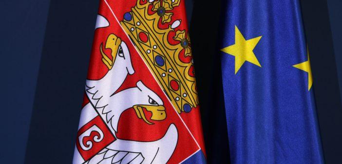 Snažna podrška za pristupanje EU među građanima Srbije, pokazuje decembarska anketa kompanije Ninamedia za Delegaciju EU u Srbiji