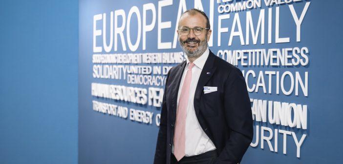 Ambasador Fabrici za Blic: Ponosan sam na pomoć koja je iz EU stigla u Srbiju