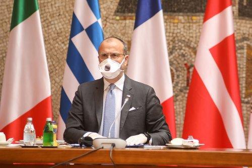 Palata Srbija Covid 19 meeting-01