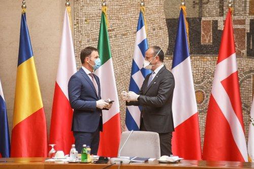 Palata Srbija Covid 19 meeting-09