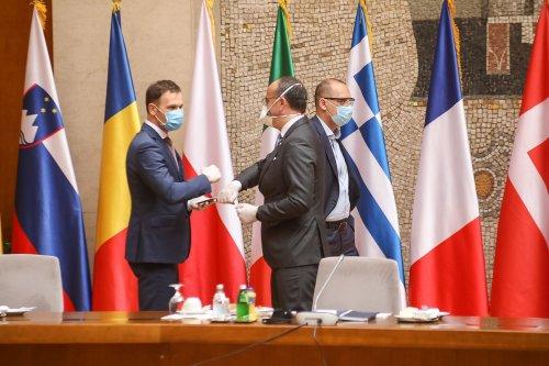 Palata Srbija Covid 19 meeting-10