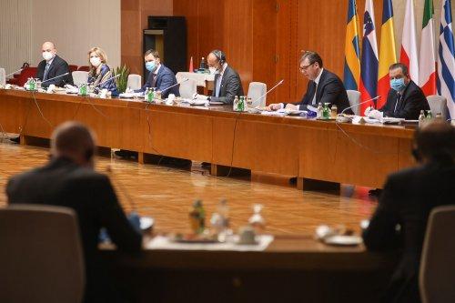 Palata Srbija Covid 19 meeting-12