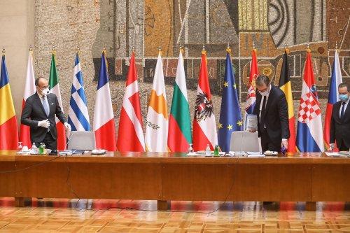 Palata Srbija Covid 19 meeting-14